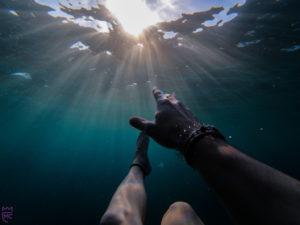Presentation sinking in water